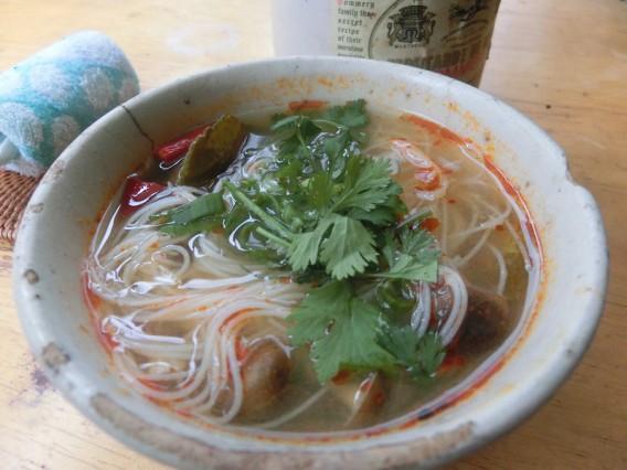 ワルンカフェ トムヤムスープ